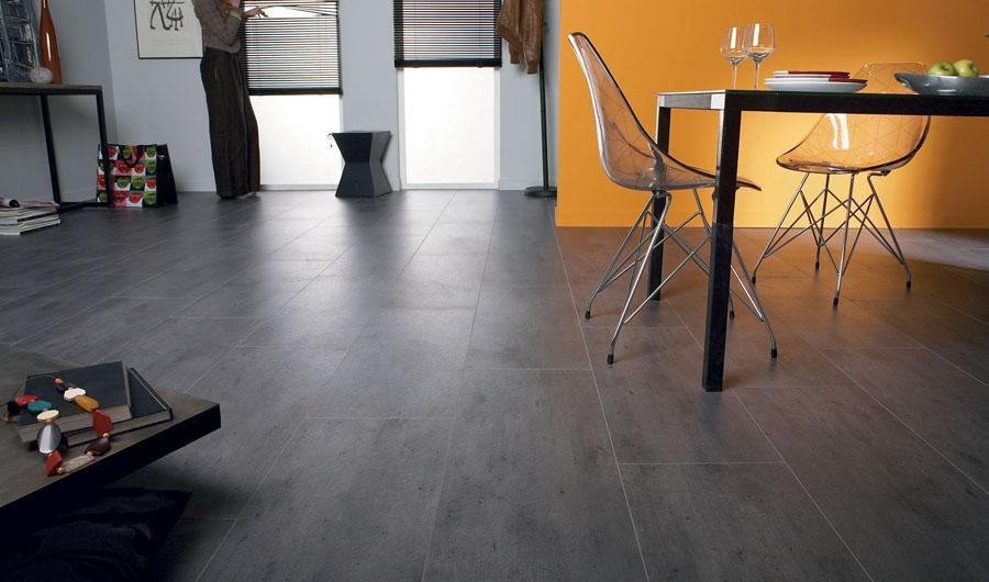 Tarkett - laminat - kolekcija Loft832 - dezen Concrete Dark