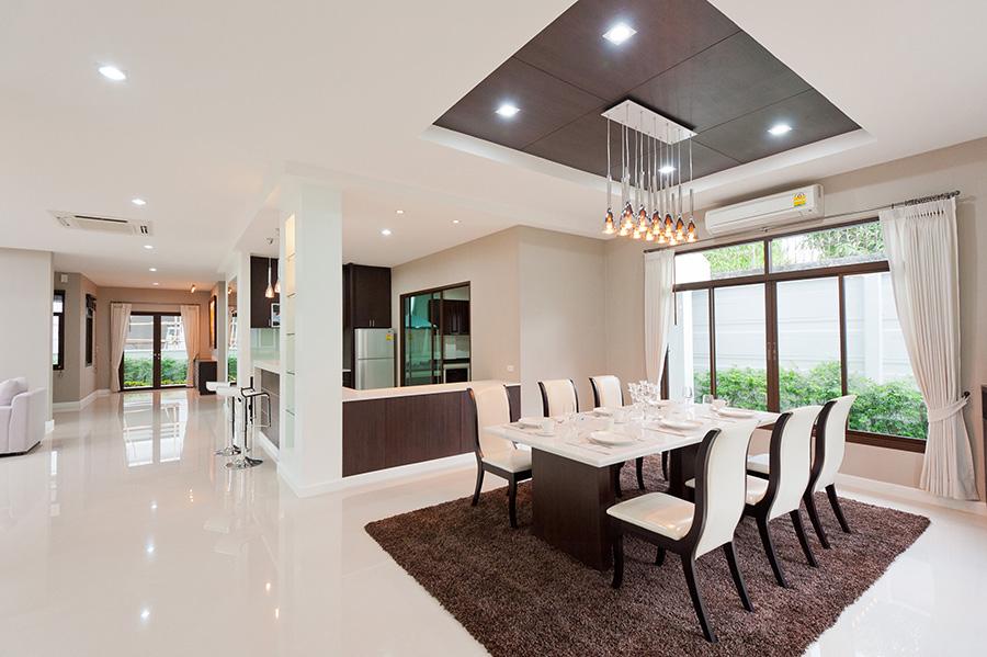 Kuhinja i trpezarija u open space konceptu