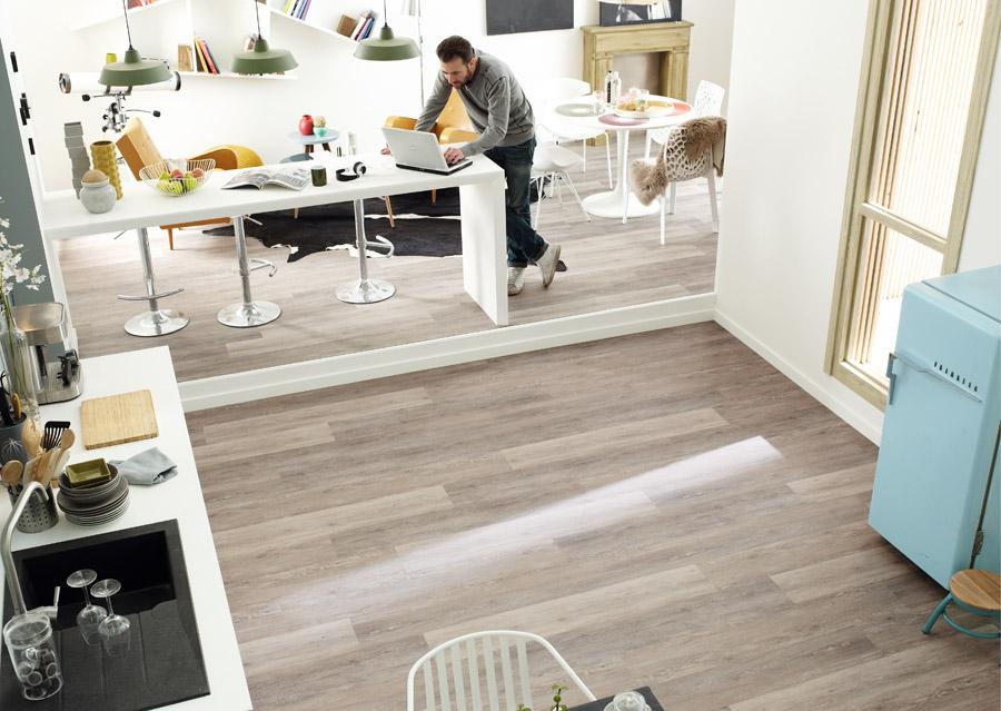 promena poda u kuhinji lvt ploce