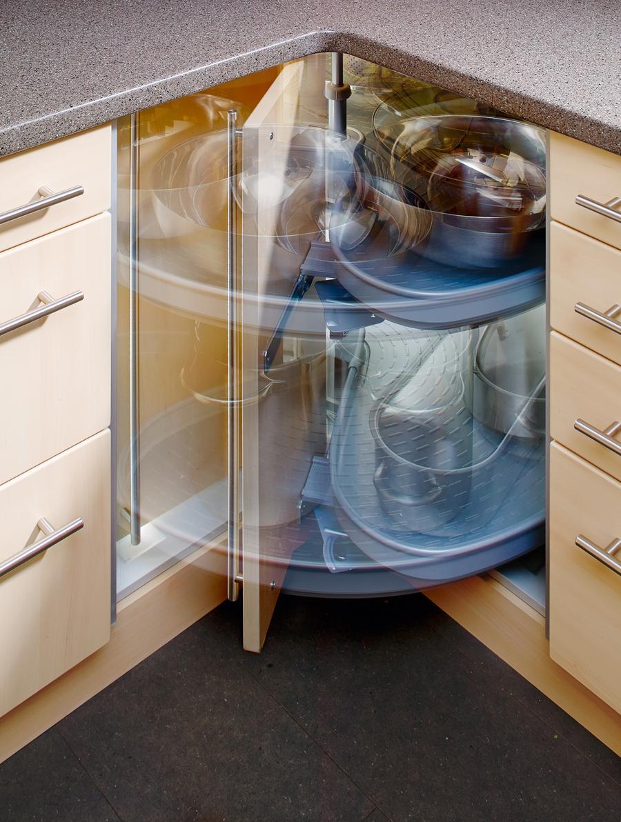 kako-iskoristiti-uglove-u-kuhinji