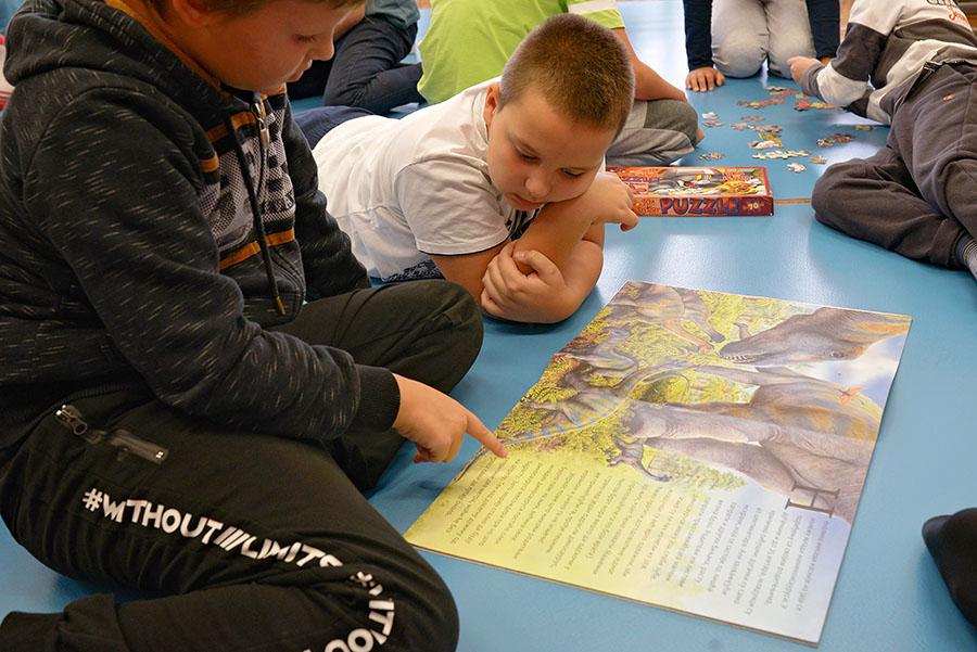 igranje-na-podu-Tarkett-učionica